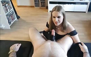JuliaX is pleasuring her Daddy