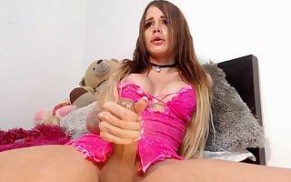 Valeriymcqueen cums hard life on webcam