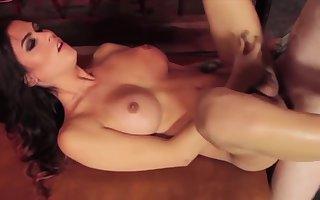 Hot Tigirl